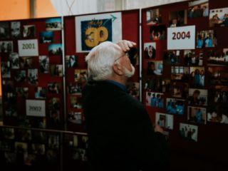 le mur de photo des 30 ans d'Idée 53
