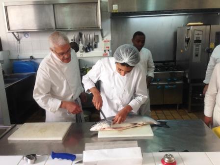 Id e 53 restaurant p dagogique des services de qualit bruxelles qui offrent du sens - Commis de cuisine bruxelles ...